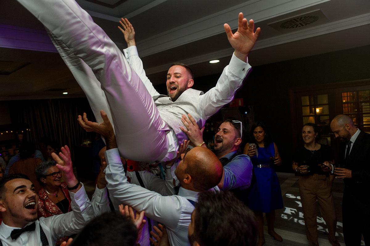 fotógrafo de bodas en cantabria, Fotógrafo de bodas en Santander, Balneario de Solares, Hotel Castilla Termal Balneario de Solares, Rubén Gares,049